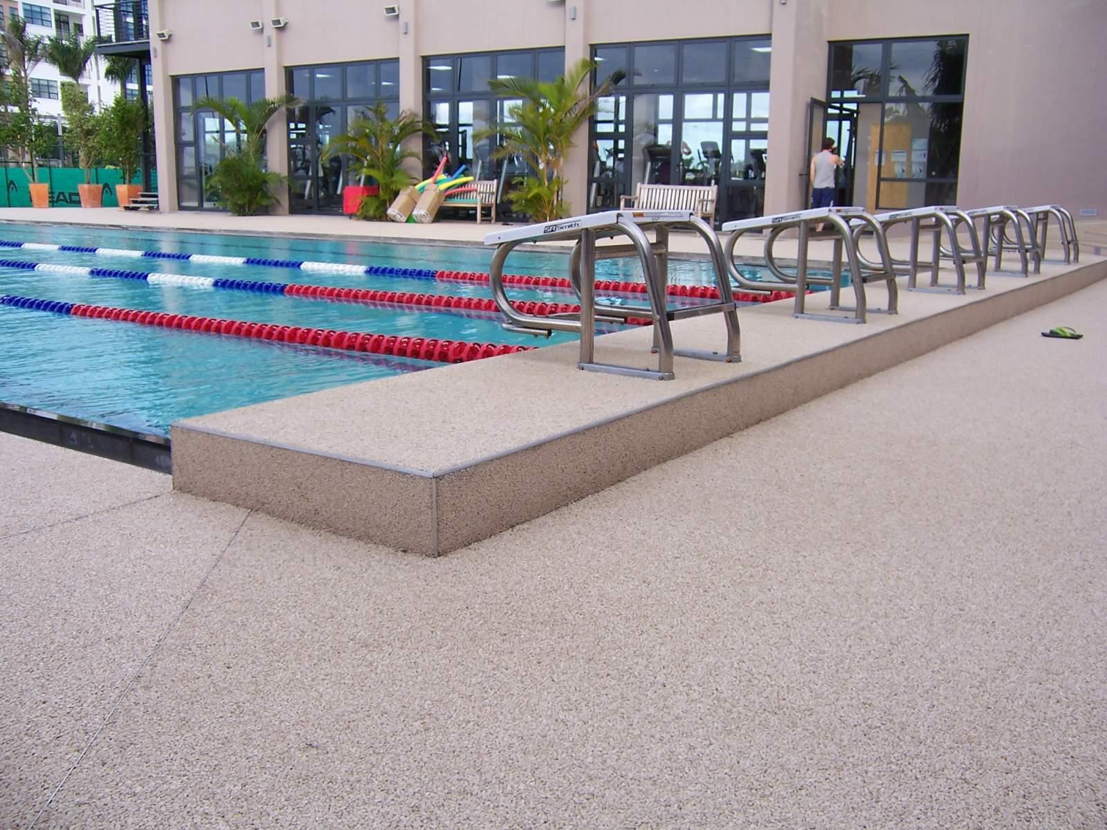 Le marbreline est il chaud au soleil rev tement - Revetement de piscine resine ...